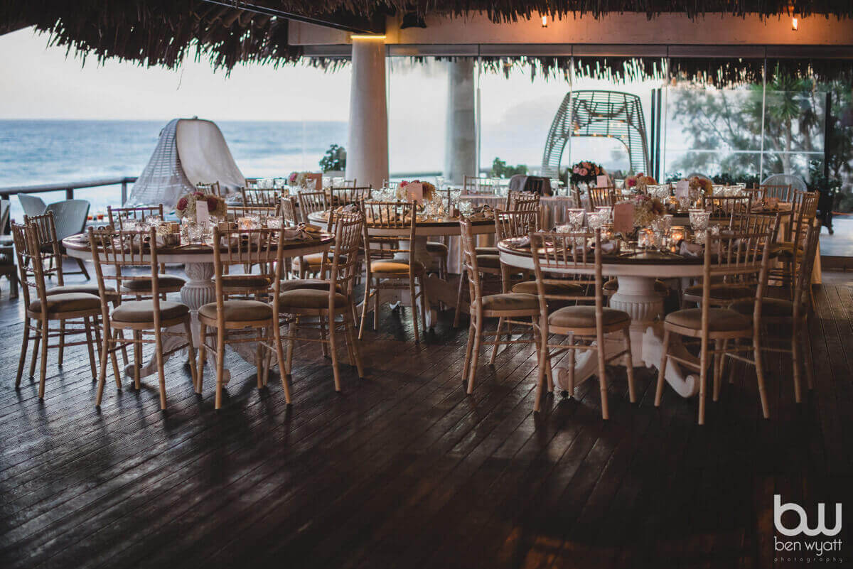 Theros Wave Bar Santorini
